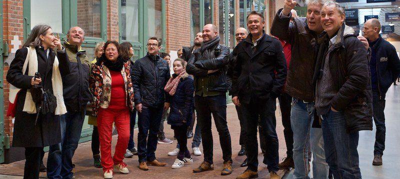 Adapt Organiseert Excursie Naar De Hallen Amsterdam